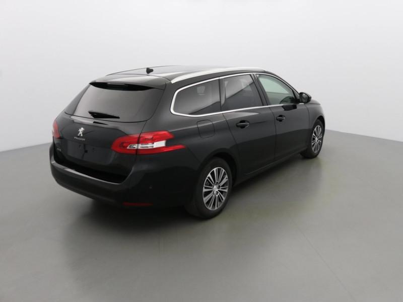 Photo 2 de l'offre de PEUGEOT 308 SW ALLURE PACK à 24969€ chez Centrale auto marché Périgueux