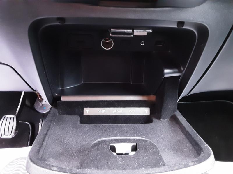 Photo 43 de l'offre de CITROEN C4 PICASSO C4 Picasso BlueHDi 120 SetS Feel à 14990€ chez Centrale Auto Marché Mussidan