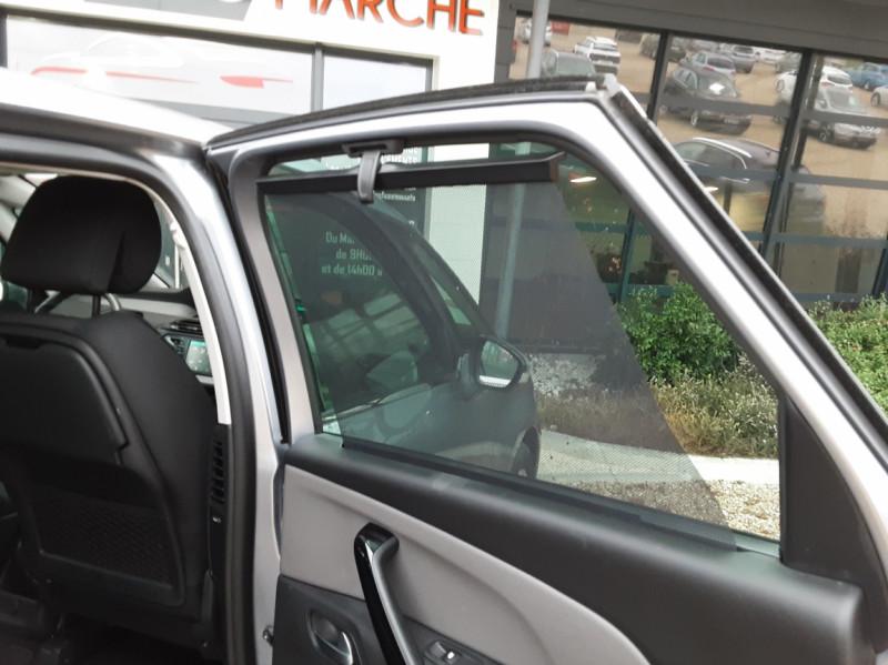 Photo 27 de l'offre de CITROEN C4 PICASSO C4 Picasso BlueHDi 120 SetS Feel à 14990€ chez Centrale Auto Marché Mussidan