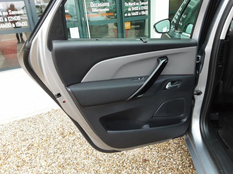 Photo 21 de l'offre de CITROEN C4 PICASSO C4 Picasso BlueHDi 120 SetS Feel à 14990€ chez Centrale Auto Marché Mussidan
