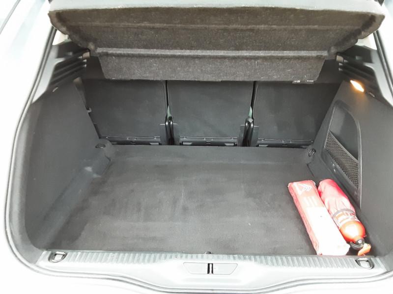 Photo 20 de l'offre de CITROEN C4 PICASSO C4 Picasso BlueHDi 120 SetS Feel à 14990€ chez Centrale Auto Marché Mussidan