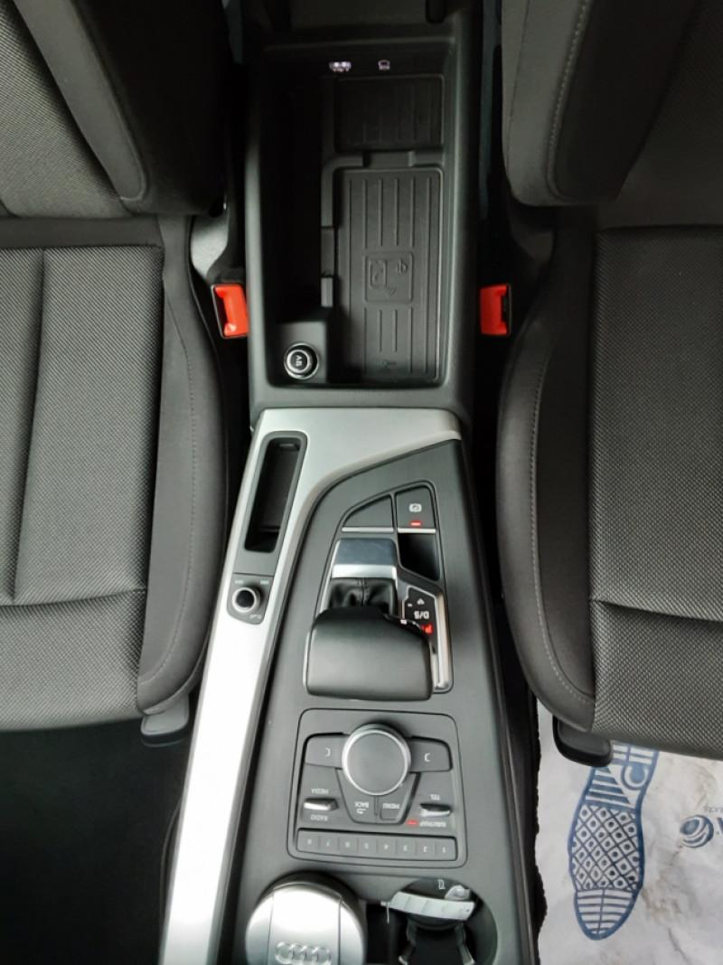 Photo 48 de l'offre de AUDI A4 Avant 2.0 TDI ultra 150 S tronic 7 Business Line à 21900€ chez Centrale Auto Marché Mussidan