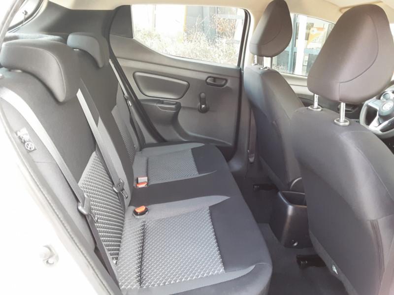 Photo 29 de l'offre de NISSAN MICRA 1.0 - 71 Visia Pack à 10490€ chez Centrale Auto Marché Mussidan