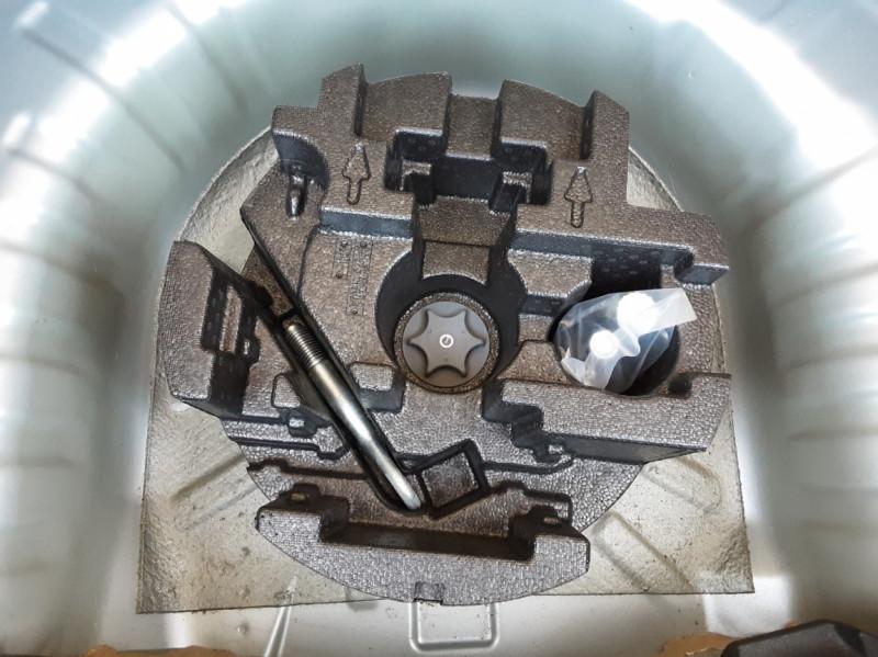 Photo 25 de l'offre de NISSAN MICRA 1.0 - 71 Visia Pack à 10490€ chez Centrale Auto Marché Mussidan