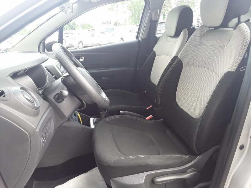 Photo 18 de l'offre de RENAULT CAPTUR TCe 90 E6C Business à 13900€ chez Centrale Auto Marché Mussidan