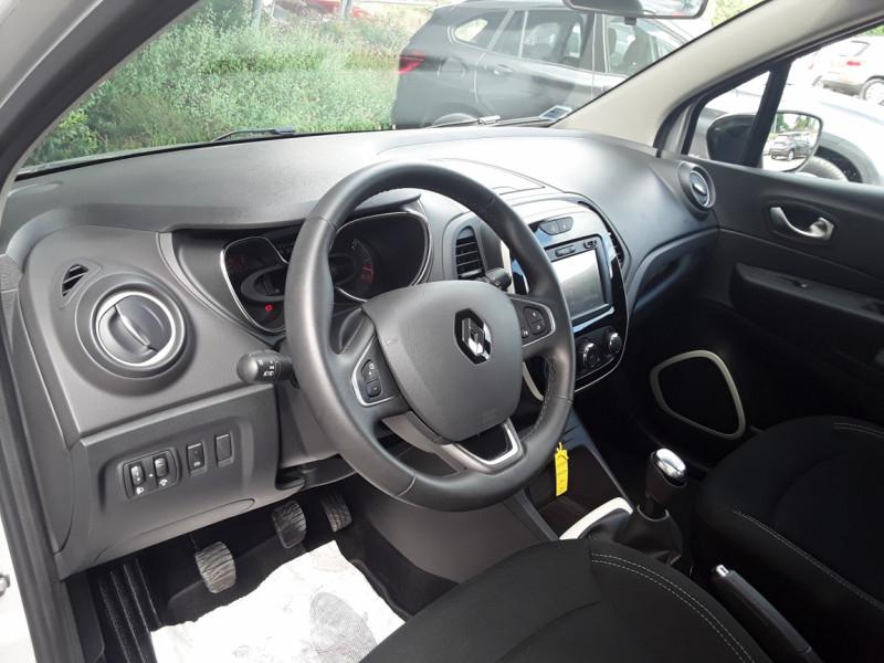 Photo 30 de l'offre de RENAULT CAPTUR TCe 90 E6C Business à 13900€ chez Centrale Auto Marché Mussidan
