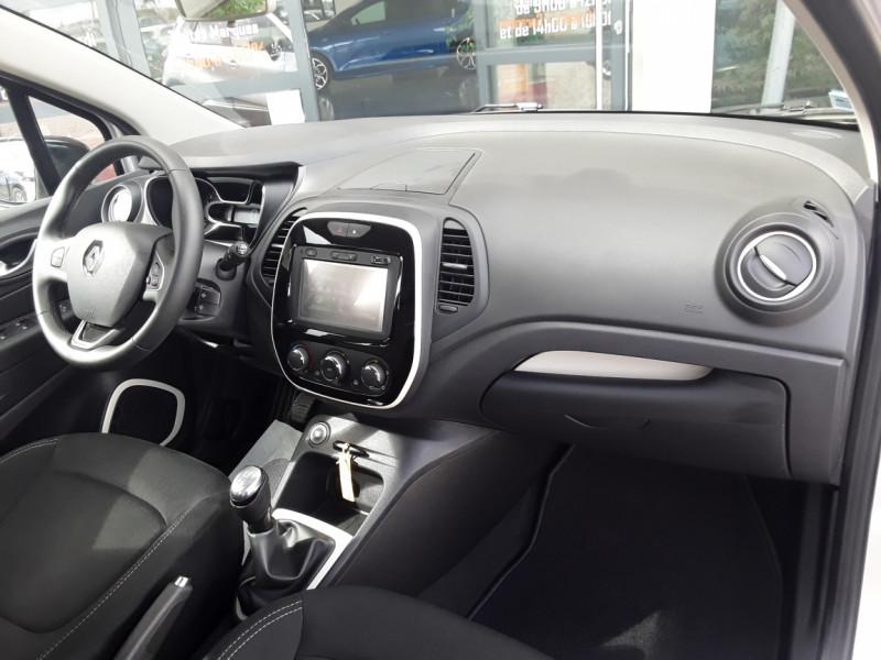 Photo 4 de l'offre de RENAULT CAPTUR TCe 90 E6C Business à 13900€ chez Centrale Auto Marché Mussidan