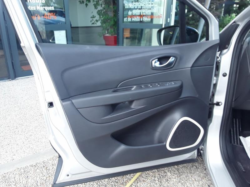 Photo 11 de l'offre de RENAULT CAPTUR TCe 90 E6C Business à 13900€ chez Centrale Auto Marché Mussidan