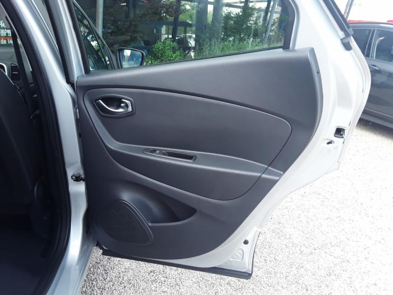 Photo 17 de l'offre de RENAULT CAPTUR TCe 90 E6C Business à 13900€ chez Centrale Auto Marché Mussidan