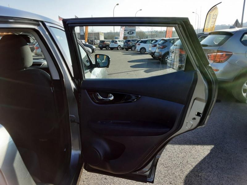 Photo 40 de l'offre de NISSAN QASHQAI 1.5 dCi 110 Business Edition à 15900€ chez Centrale Auto Marché Mussidan