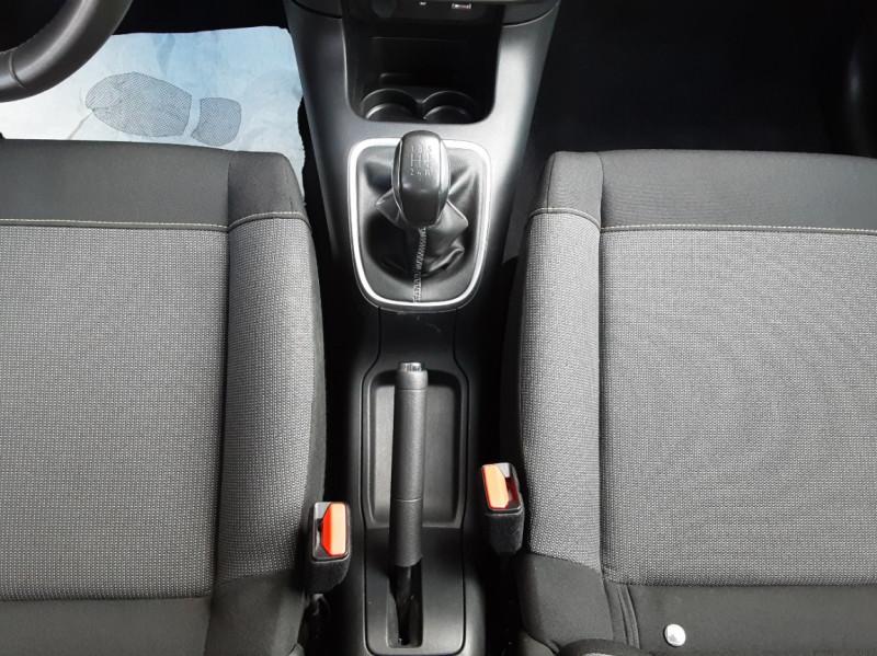 Photo 38 de l'offre de CITROEN C3 BlueHDi 100 SetS Shine Business à 13900€ chez Centrale Auto Marché Mussidan