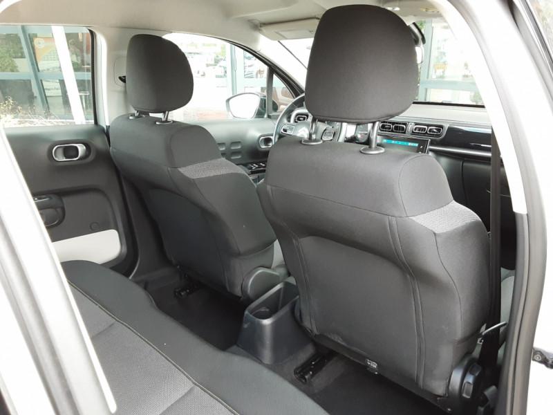 Photo 30 de l'offre de CITROEN C3 BlueHDi 100 SetS Shine Business à 13900€ chez Centrale Auto Marché Mussidan