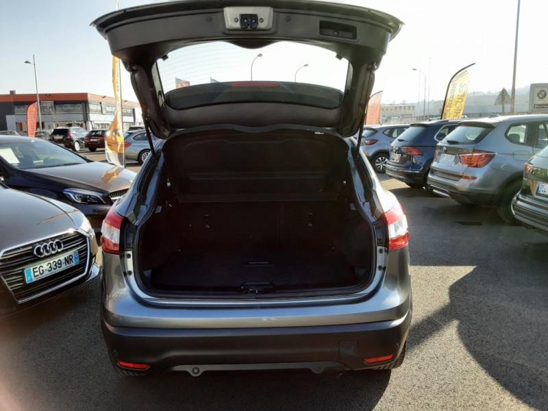 Photo 9 de l'offre de NISSAN QASHQAI 1.5 dCi 110 Business Edition à 15900€ chez Centrale Auto Marché Mussidan