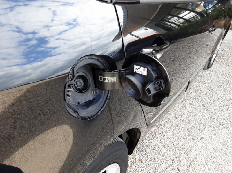 Photo 25 de l'offre de RENAULT SCENIC dCi 110 Energy eco2 Business à 9990€ chez Centrale Auto Marché Mussidan