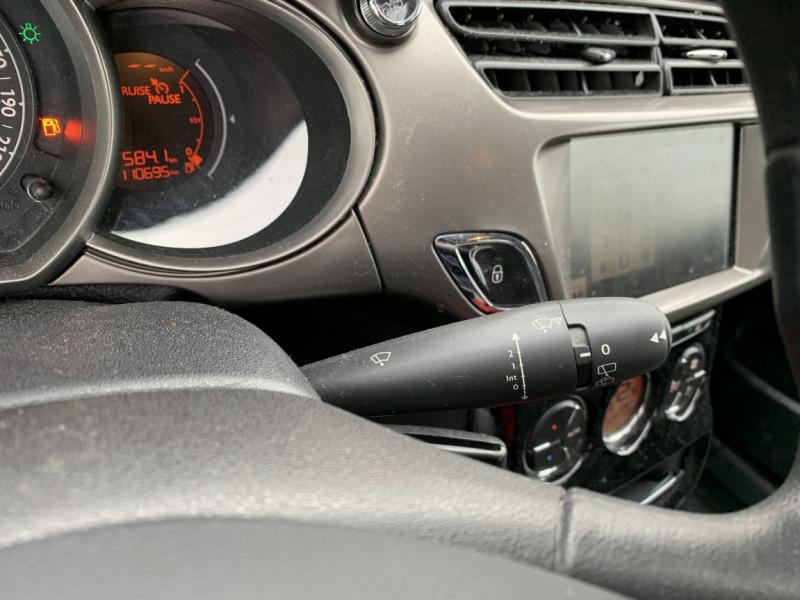 Photo 13 de l'offre de CITROEN C3 SOCIETE BLUEHDI 100 SetS CONFORT à 6990€ chez Centrale Auto Marché Mussidan