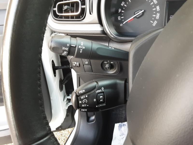 Photo 50 de l'offre de CITROEN C3 SOCIETE BLUEHDI 100 SetS FEEL NAV à 8890€ chez Centrale Auto Marché Mussidan