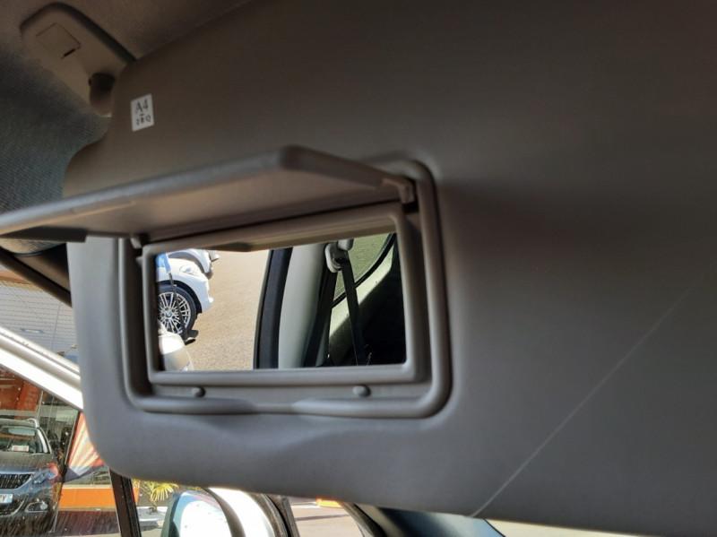 Photo 43 de l'offre de NISSAN MICRA IG-T 90 N-Connecta à 11990€ chez Centrale Auto Marché Mussidan