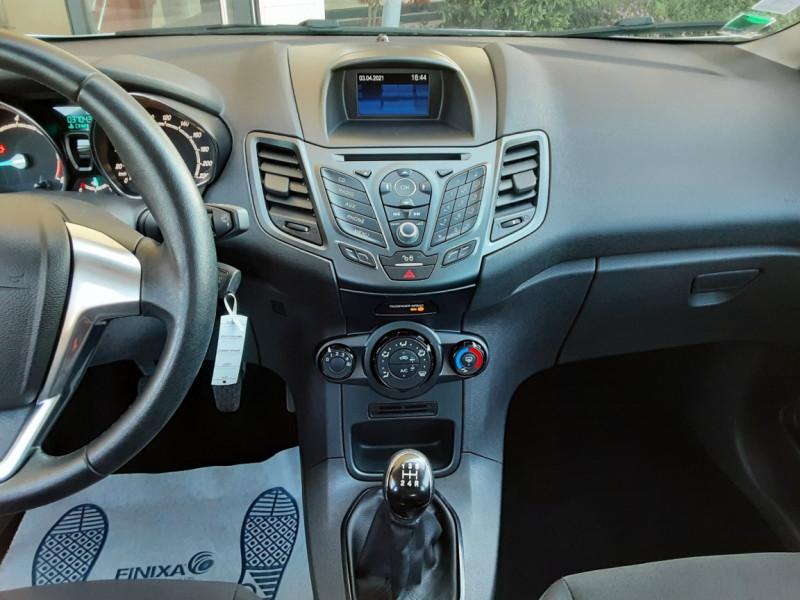 Photo 38 de l'offre de FORD FIESTA 1.25 82 Edition à 9300€ chez Centrale Auto Marché Mussidan