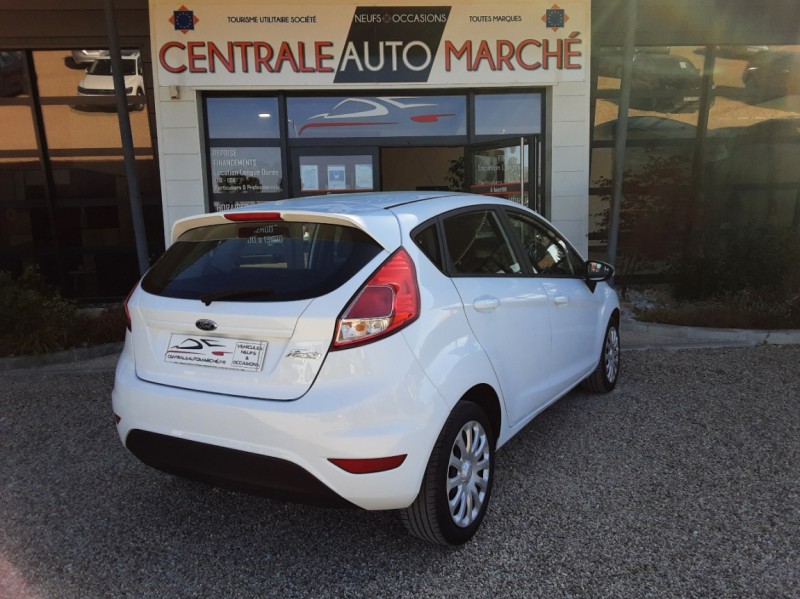 Photo 11 de l'offre de FORD FIESTA 1.25 82 Edition à 9300€ chez Centrale Auto Marché Mussidan