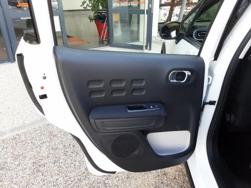 Photo 33 de l'offre de CITROEN C3 SOCIETE BLUEHDI 100 SetS FEEL NAV à 8890€ chez Centrale Auto Marché Mussidan