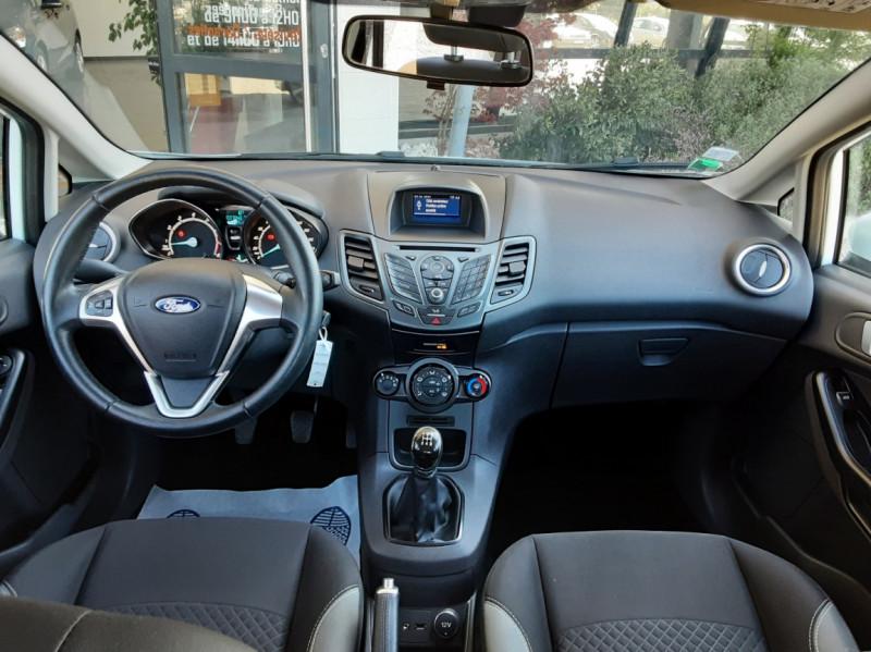 Photo 31 de l'offre de FORD FIESTA 1.25 82 Edition à 9300€ chez Centrale Auto Marché Mussidan