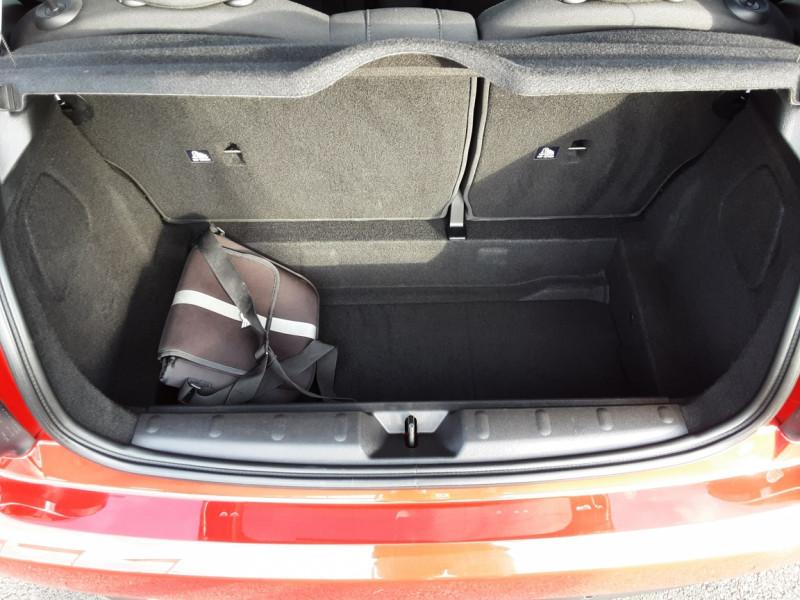 Photo 34 de l'offre de MINI MINI One D 95 ch Edition Blackfriars à 17990€ chez Centrale Auto Marché Mussidan