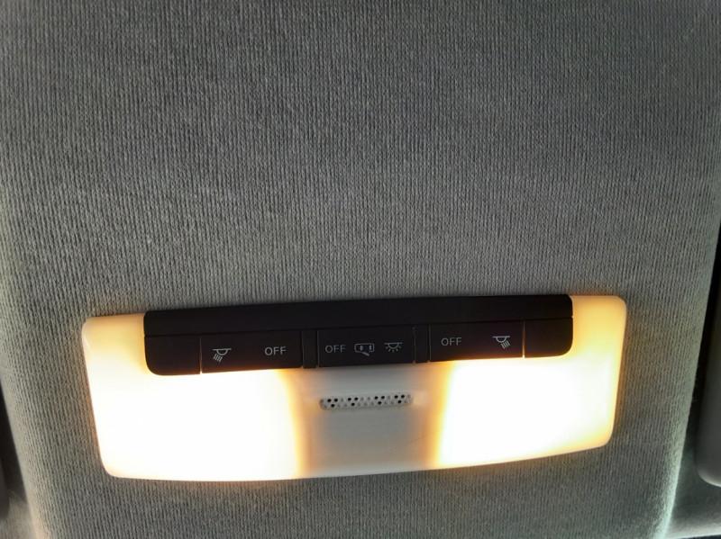 Photo 38 de l'offre de NISSAN MICRA IG-T 90 N-Connecta à 11990€ chez Centrale Auto Marché Mussidan