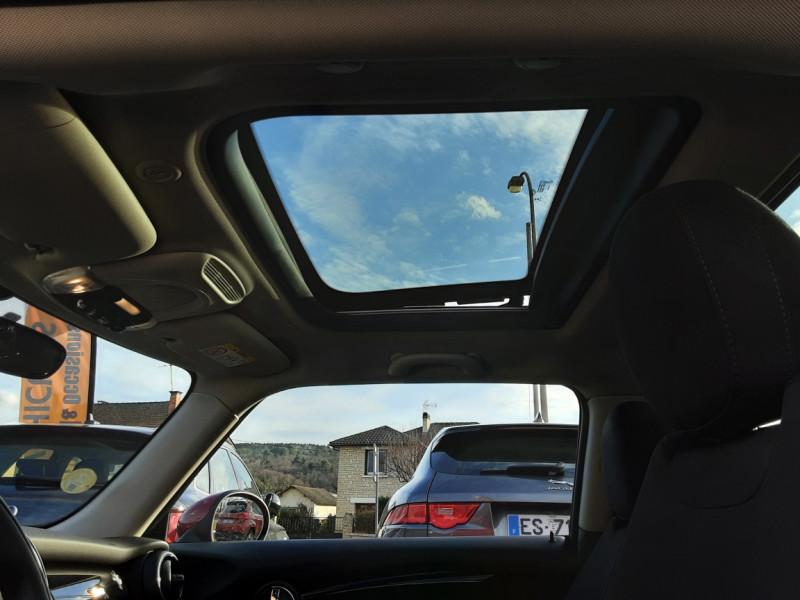 Photo 25 de l'offre de MINI MINI One D 95 ch Edition Blackfriars à 17990€ chez Centrale Auto Marché Mussidan