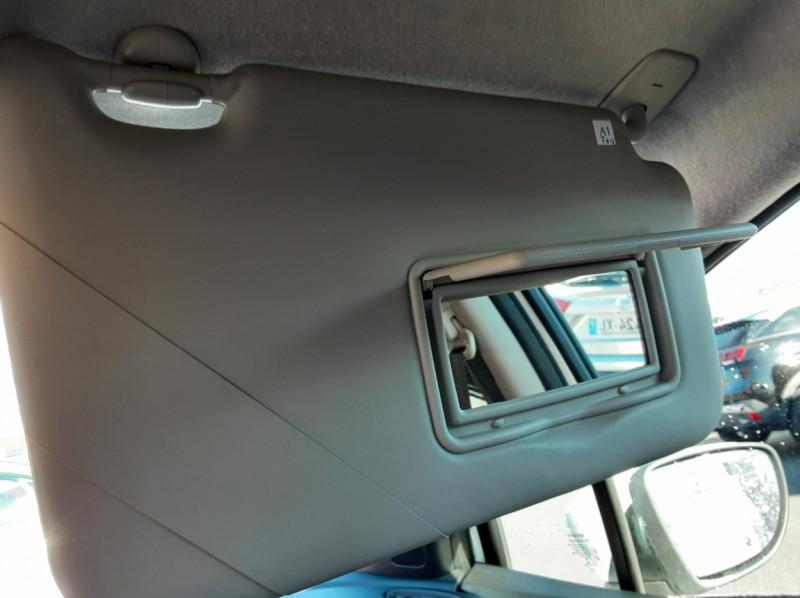 Photo 36 de l'offre de NISSAN MICRA IG-T 90 N-Connecta à 11990€ chez Centrale Auto Marché Mussidan
