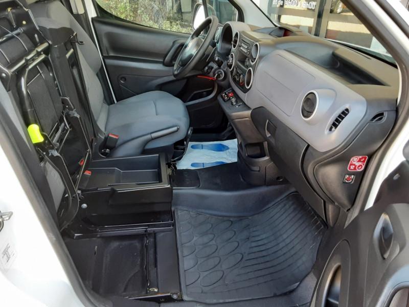 Photo 35 de l'offre de CITROEN BERLINGO 20 L1 e-HDi 90 CLUB ETG6 à 9800€ chez Centrale Auto Marché Mussidan