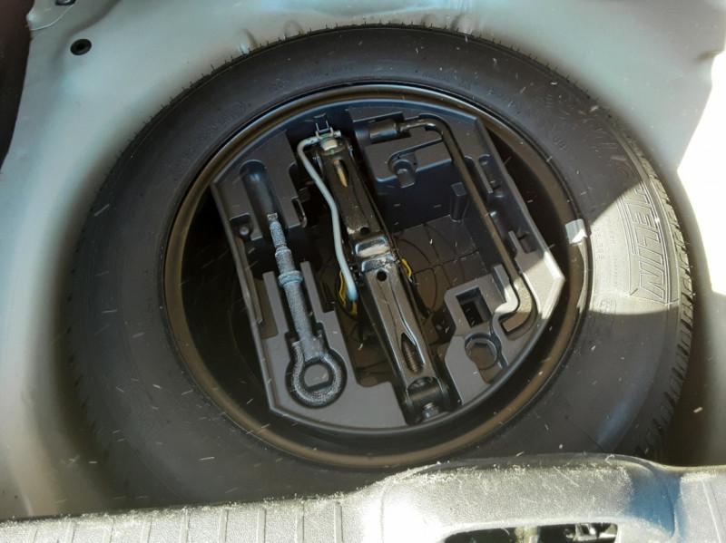 Photo 19 de l'offre de PEUGEOT 208 AFFAIRE 1.6 E-HDi 92 FAP BVM5 PACK CLIM CONFORT à 5990€ chez Centrale Auto Marché Mussidan