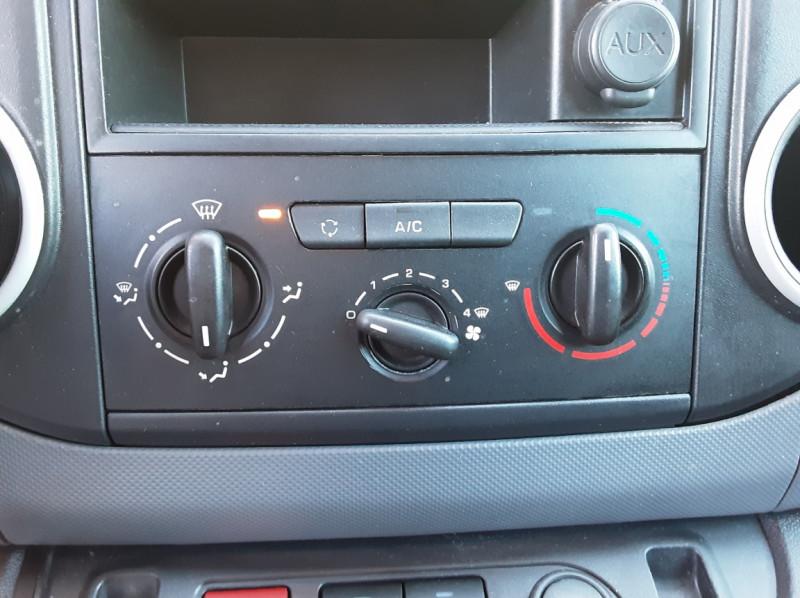 Photo 43 de l'offre de CITROEN BERLINGO 20 L1 e-HDi 90 CLUB ETG6 à 9800€ chez Centrale Auto Marché Mussidan