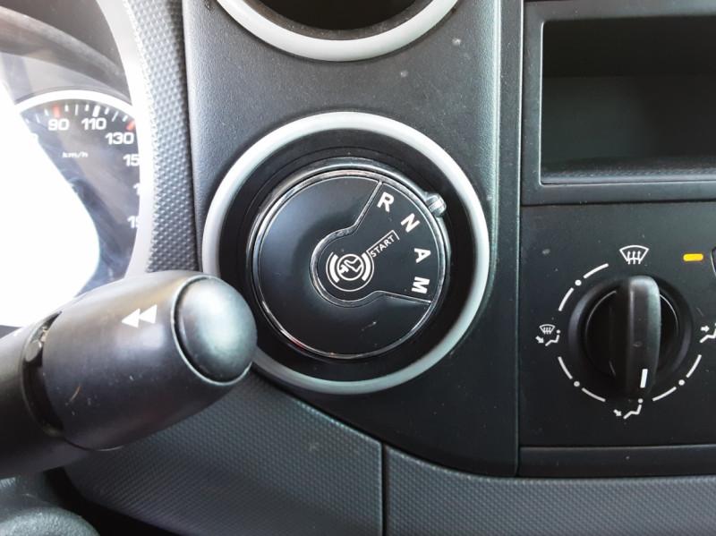 Photo 45 de l'offre de CITROEN BERLINGO 20 L1 e-HDi 90 CLUB ETG6 à 9800€ chez Centrale Auto Marché Mussidan