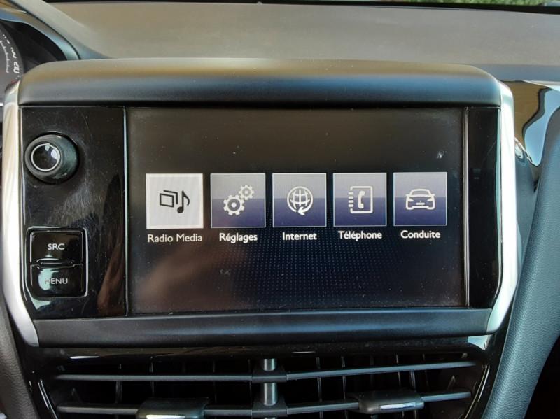 Photo 44 de l'offre de PEUGEOT 208 AFFAIRE 1.6 E-HDi 92 FAP BVM5 PACK CLIM CONFORT à 5990€ chez Centrale Auto Marché Mussidan