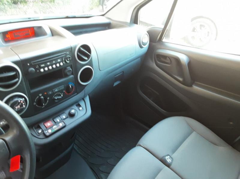 Photo 34 de l'offre de CITROEN BERLINGO 20 L1 e-HDi 90 CLUB ETG6 à 9800€ chez Centrale Auto Marché Mussidan