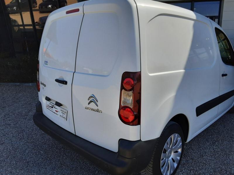Photo 21 de l'offre de CITROEN BERLINGO 20 L1 e-HDi 90 CLUB ETG6 à 9800€ chez Centrale Auto Marché Mussidan