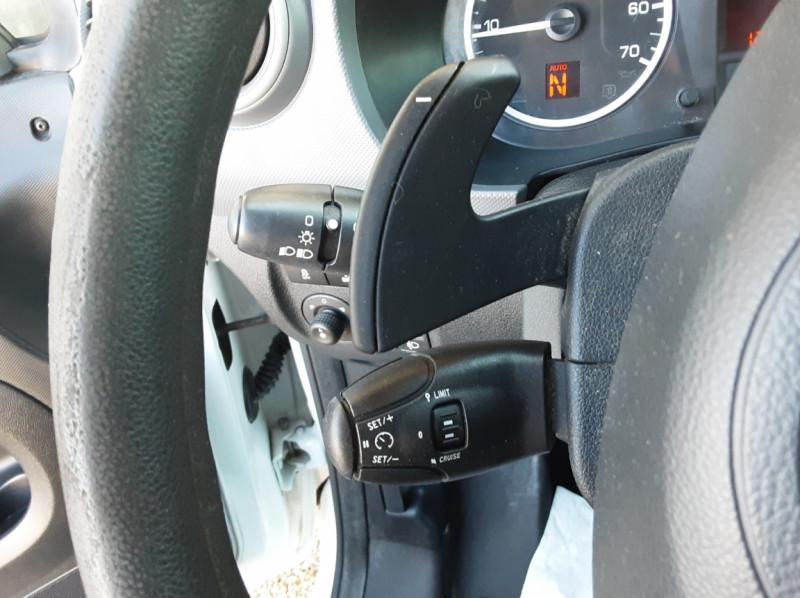 Photo 39 de l'offre de CITROEN BERLINGO 20 L1 e-HDi 90 CLUB ETG6 à 9800€ chez Centrale Auto Marché Mussidan