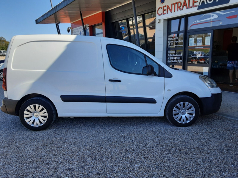 Photo 9 de l'offre de CITROEN BERLINGO 20 L1 e-HDi 90 CLUB ETG6 à 9800€ chez Centrale Auto Marché Mussidan