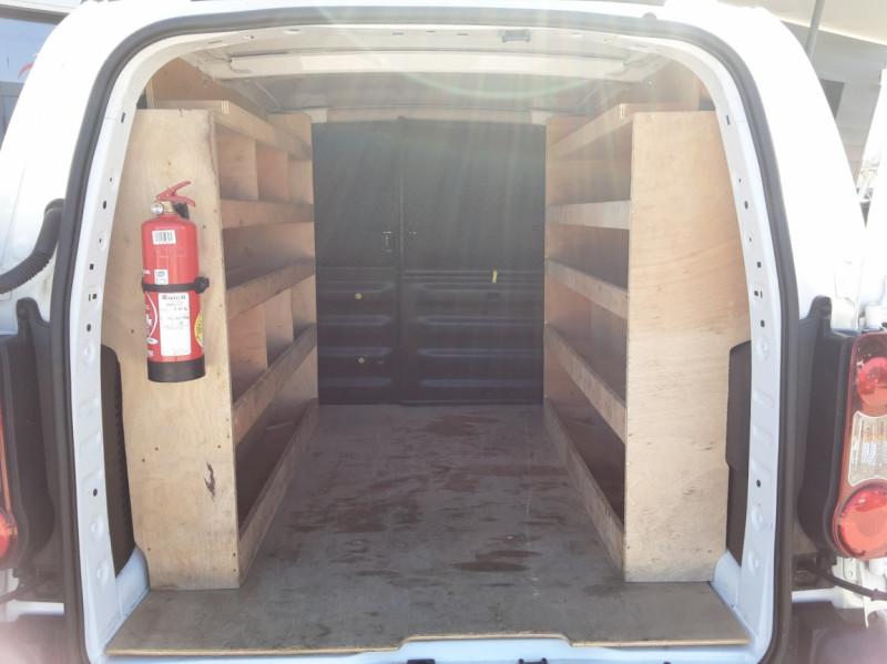 Photo 20 de l'offre de CITROEN BERLINGO 20 L1 e-HDi 90 CLUB ETG6 à 9800€ chez Centrale Auto Marché Mussidan