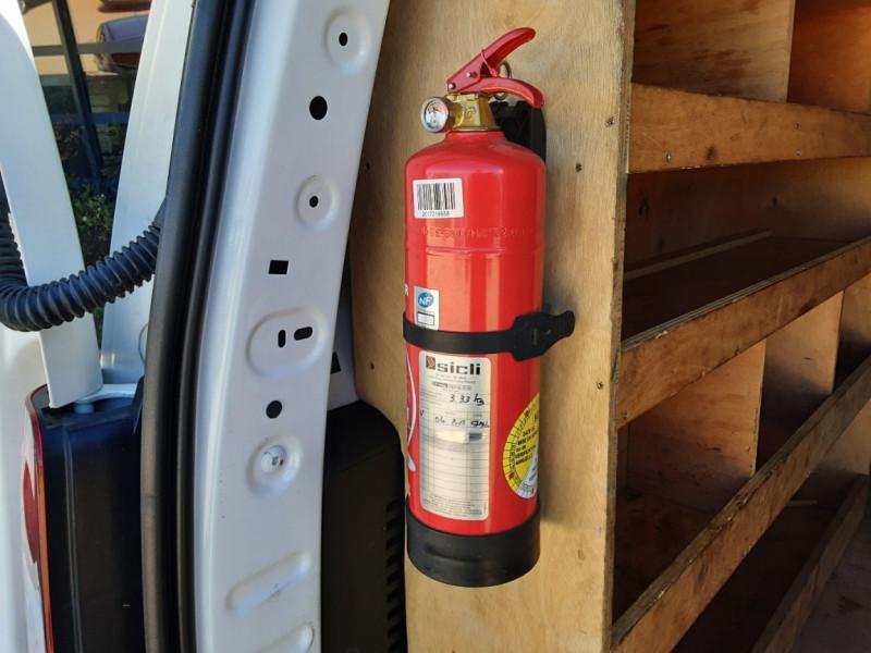 Photo 17 de l'offre de CITROEN BERLINGO 20 L1 e-HDi 90 CLUB ETG6 à 9800€ chez Centrale Auto Marché Mussidan
