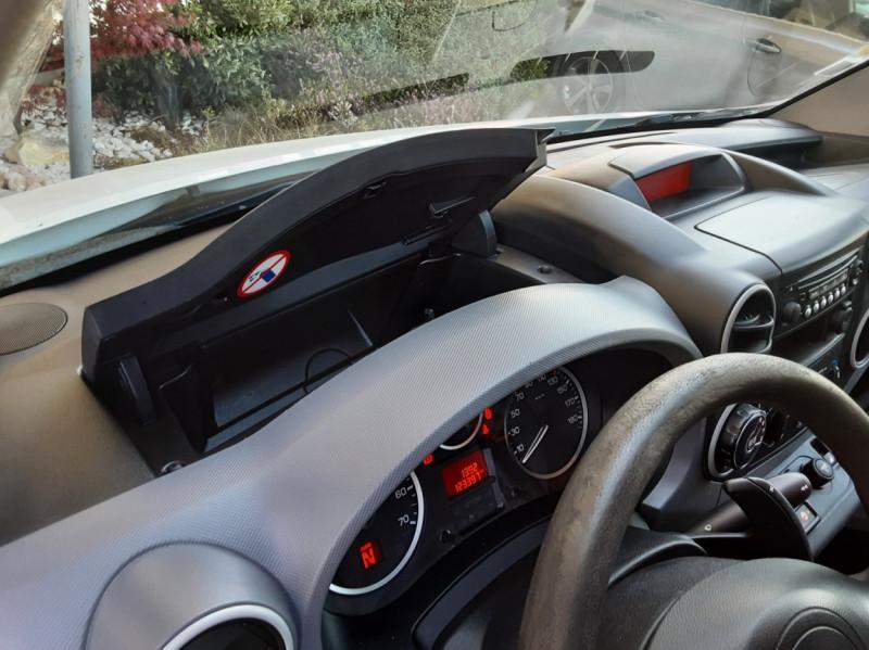 Photo 46 de l'offre de CITROEN BERLINGO 20 L1 e-HDi 90 CLUB ETG6 à 9800€ chez Centrale Auto Marché Mussidan