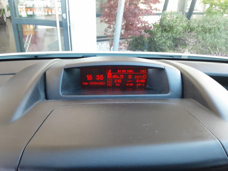 Photo 44 de l'offre de CITROEN BERLINGO 20 L1 e-HDi 90 CLUB ETG6 à 9800€ chez Centrale Auto Marché Mussidan