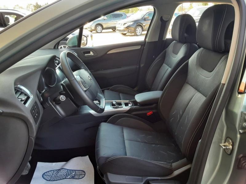Photo 18 de l'offre de CITROEN C4 C4 e-HDi 115 Business ETG6 à 7290€ chez Centrale Auto Marché Mussidan