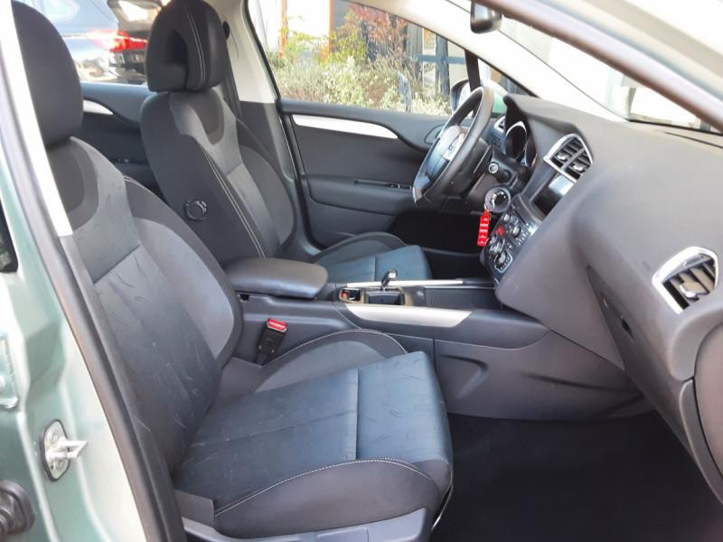 Photo 30 de l'offre de CITROEN C4 C4 e-HDi 115 Business ETG6 à 7290€ chez Centrale Auto Marché Mussidan