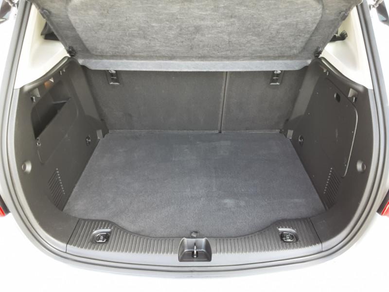 Photo 43 de l'offre de OPEL MOKKA X 1.6 CDTI - 110 ch ecoFLEX Business à 12990€ chez Centrale Auto Marché Mussidan