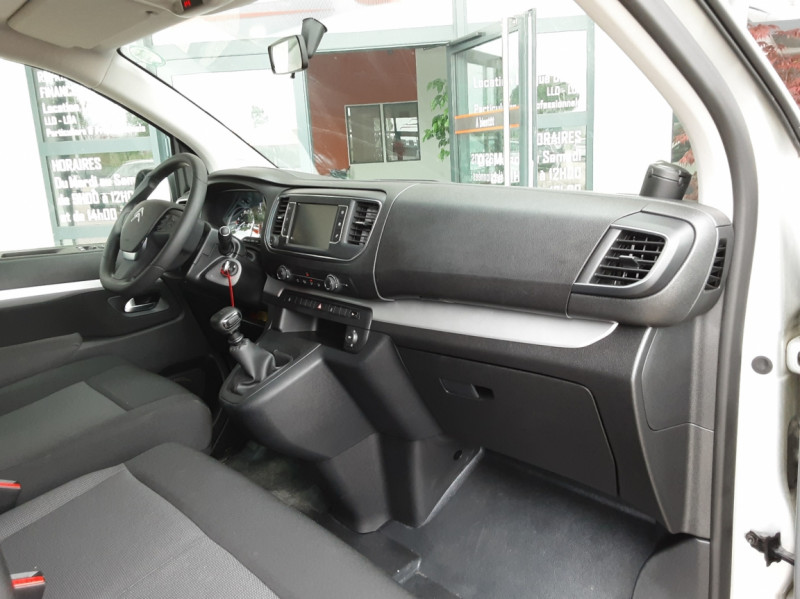 Photo 30 de l'offre de CITROEN SPACE TOURER XL BlueHDi 115 SetS BVM6 Business à 26490€ chez Centrale Auto Marché Mussidan
