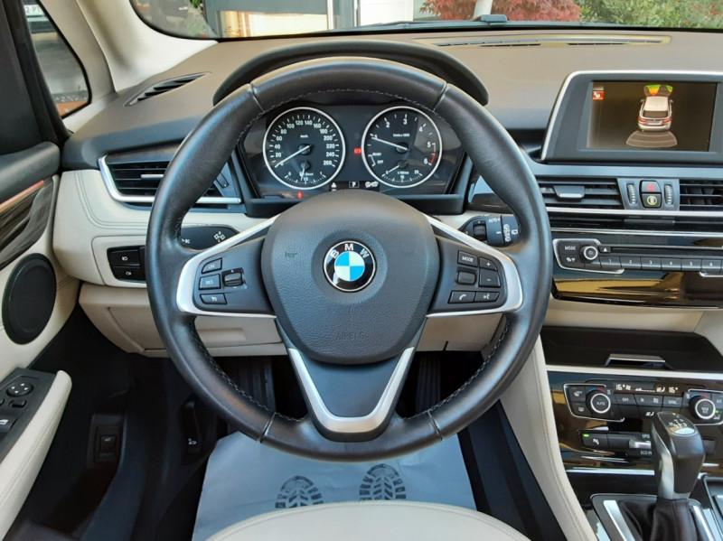 Photo 25 de l'offre de BMW SERIE 2 Active Tourer 218d 150 ch Luxury A à 17900€ chez Centrale Auto Marché Mussidan