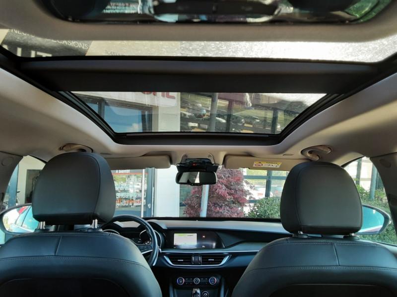 Photo 31 de l'offre de ALFA ROMEO STELVIO 2.2 210 ch Q4 AT8 Lusso à 28900€ chez Centrale Auto Marché Mussidan