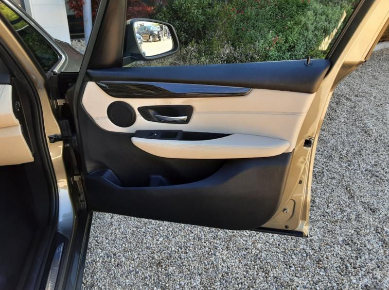 Photo 32 de l'offre de BMW SERIE 2 Active Tourer 218d 150 ch Luxury A à 17900€ chez Centrale Auto Marché Mussidan