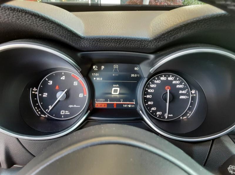 Photo 41 de l'offre de ALFA ROMEO STELVIO 2.2 210 ch Q4 AT8 Lusso à 28900€ chez Centrale Auto Marché Mussidan
